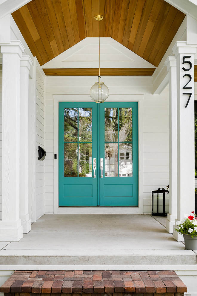 Turquoise front door paint color Blue Spa by Benjamin Moore Best Turquoise front door paint color Blue Spa by Benjamin Moore #Turquoisefrontdoor #paintcolor #BlueSpabyBenjaminMoore