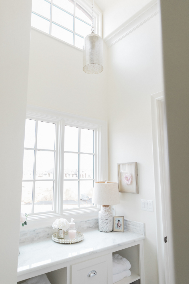 Creamy White Paint Color Best Creamy White Paint Colors Sherwin Williams Alabaster Creamy White Paint Color #CreamyWhitePaintColor #SherwinWilliamsAlabaster