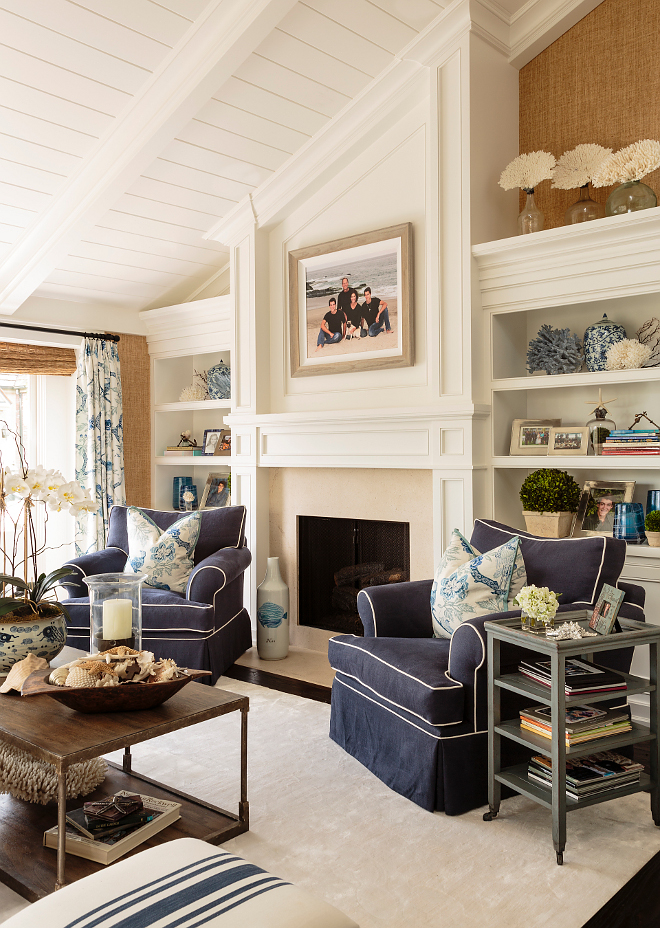 Classic coastal interior inspiration home bunch interior for Classic house interior