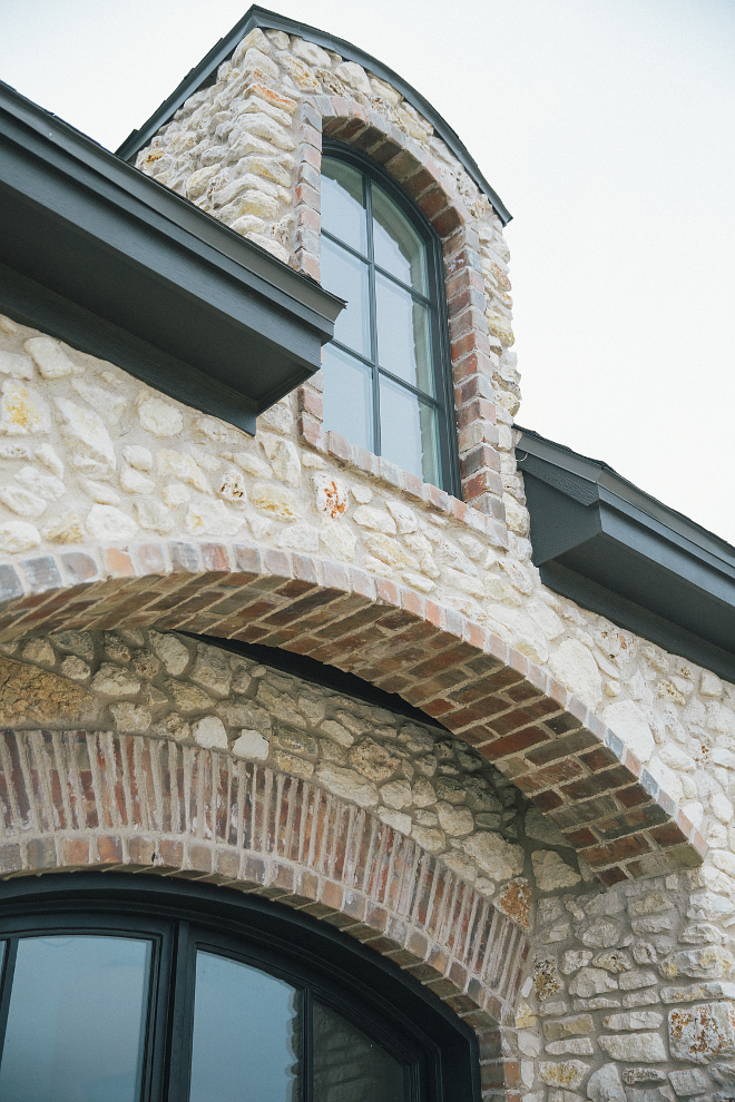 Brick Arch Exterior Front door arch with brick and stone Brick Arch Exterior #BrickArch #Exterior