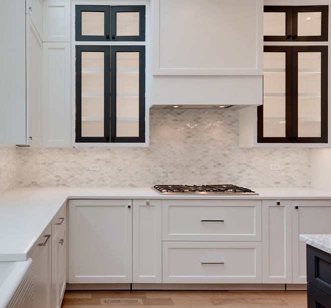 Kitchen White Marble Tile Backsplash Mosaic Kitchen White Marble Tile Backsplash #Kitchen #WhiteMarbleTile #Backsplash #mosaicbacksplash