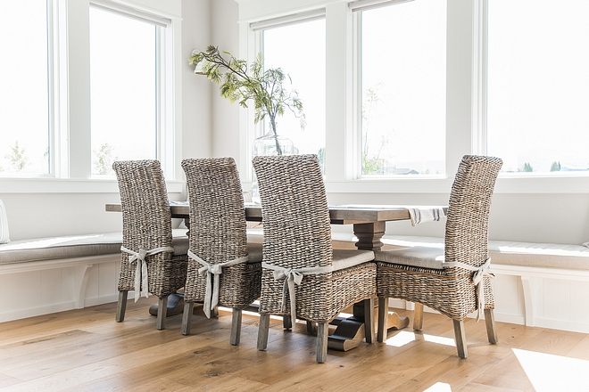 Breakfast room furniture sources are listed on Home Bunch