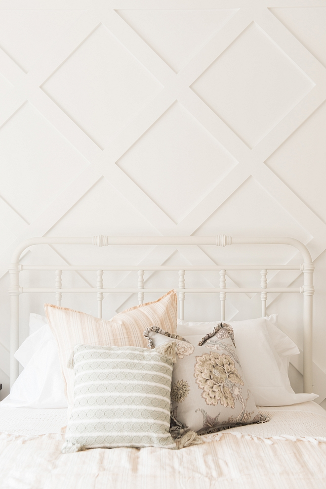 Benjamin Moore Chantilly Lace Diamond Grid Board and Batten