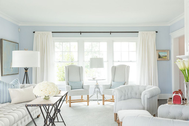 Light Blue Paint Color Light Blue Paint Color by Benjamin Moore - details on Home Bunch #LightBluePaintColor