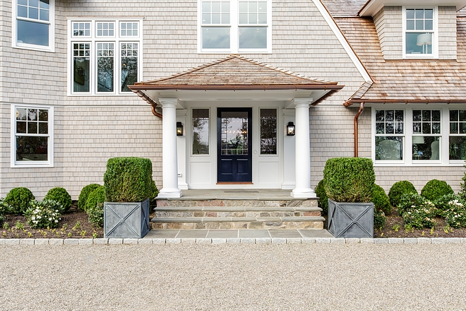 White exterior trim Benjamin Moore Decorators White White exterior trim paint color White exterior trim White exterior trim #Whiteexteriortrim #trim #paintcolor
