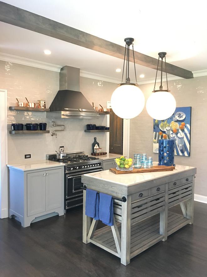 Grey tile Kitchen Kitchen with grey tile backsplash see tile source on Home Bunch #kitchen #greytile