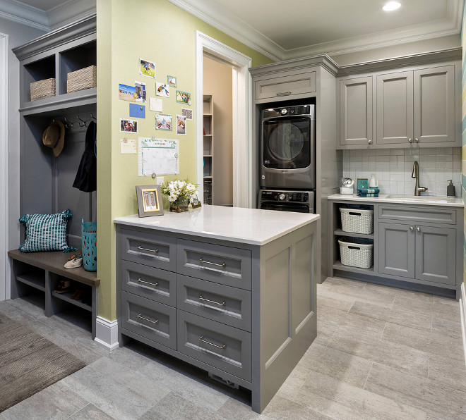 Laundry room and Mudroom Laundry room with peninsula Laundry room and Mudroom Laundry room with peninsula Laundry room and Mudroom Laundry room with peninsula #Laundryroom #Mudroom #peninsula