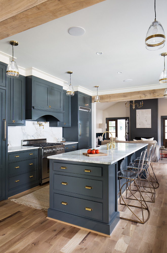Navy blue kitchen paint color is shared on HomeBunch blog