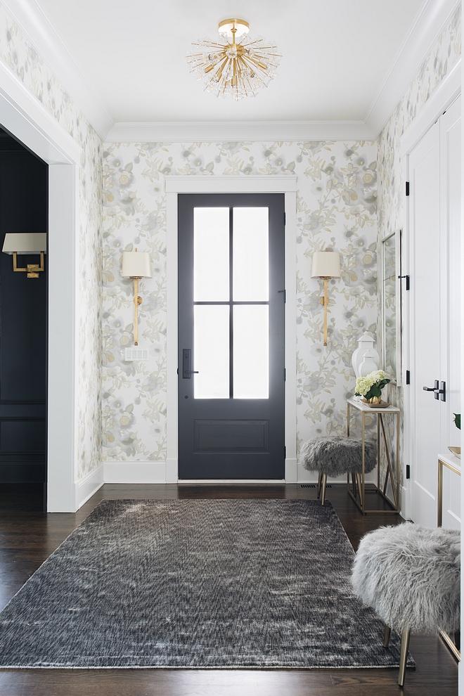 Foyer Flush mount Lighting Ideas see source on Home Bunch #foyerlighting