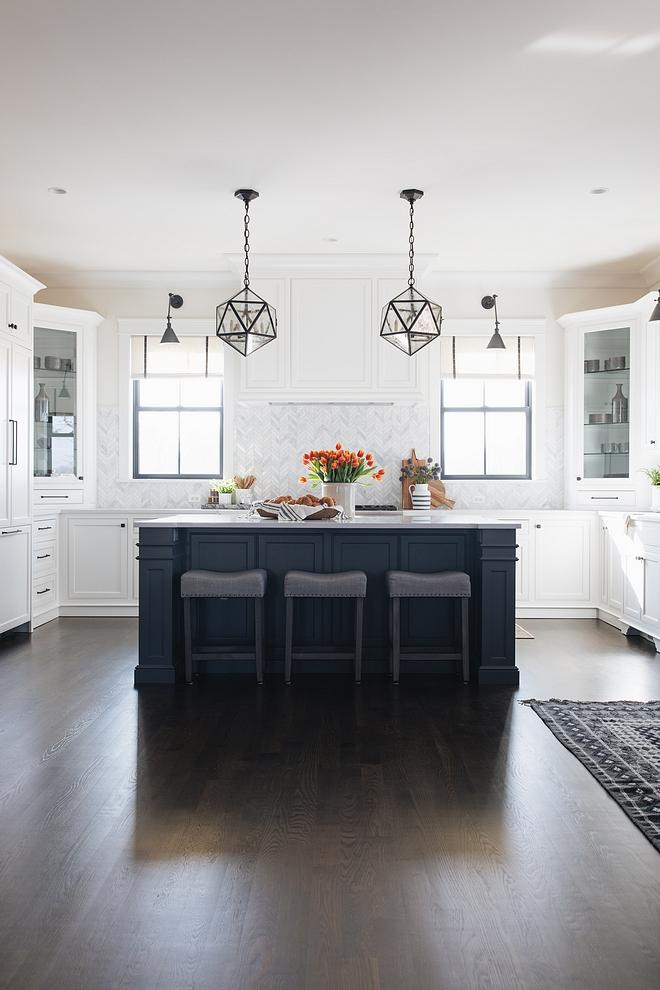 Kitchen Dark Hardwood Flooring Kitchen Dark Hardwood Flooring color source on Home Bunch Kitchen Dark Hardwood Flooring #KitchenDarkHardwoodFlooring #Kitchen #DarkHardwoodFlooring #KitchenHardwoodFlooring