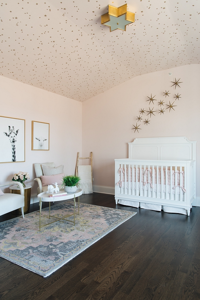 Star Wallpaper Star Wallpaper nursery with Star Wallpaper on ceiling source on Home Bunch #StarWallpaper