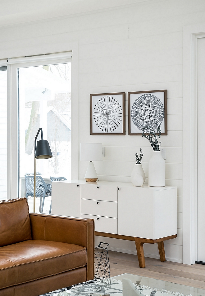 Shiplap Paint Color Simply White Benjamin Moore OC-117 Simply White
