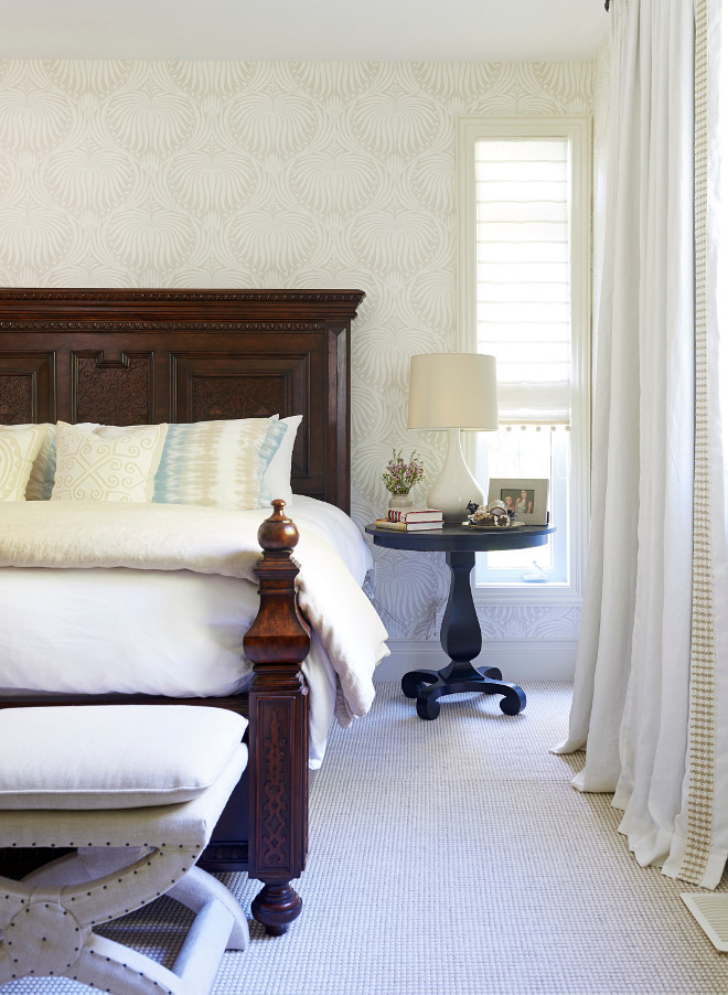 Neutral Master Bedroom sources on Home Bunch #neutrals #neutralbedroom #neutral #masterbedroom