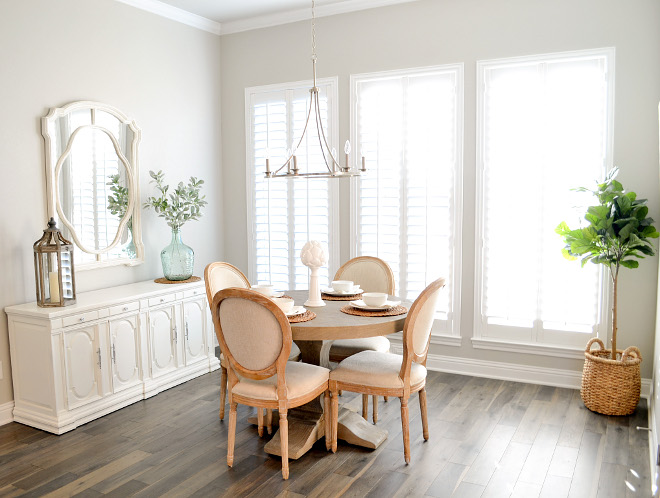 Repose Gray by Sherwin Williams Neutral Breakfast Nook Paint Color Sherwin Williams Neutral Paint Color #ReposeGraybySherwinWilliams #NeutralPaintcolor #BreakfastNook #PaintColor