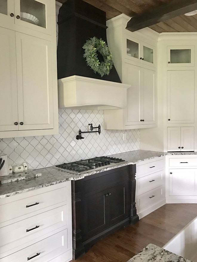 Arabesque Porcelain Mosaic Tile in White source on Home Bunch blog